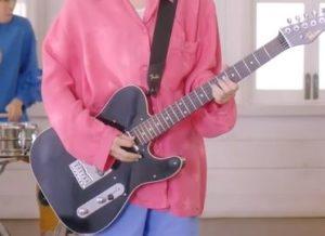 宮崎朝子さんギター